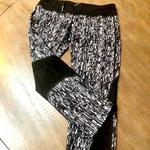 Nike running, black & grey Capri leggings. Large